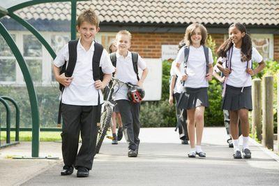 happy-primary-school-kids